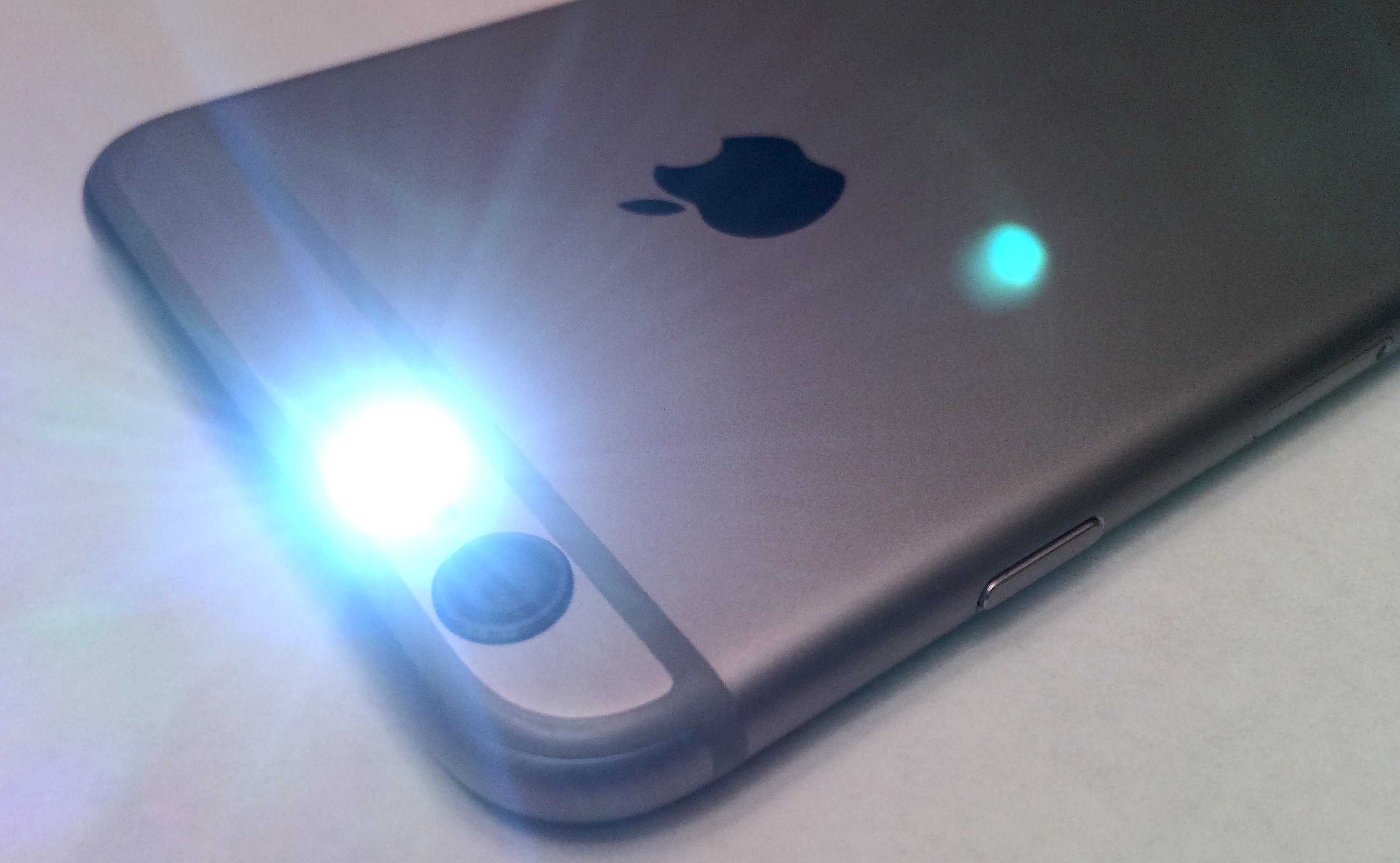 How to Enable LED Flash for alerts on iOS Devices